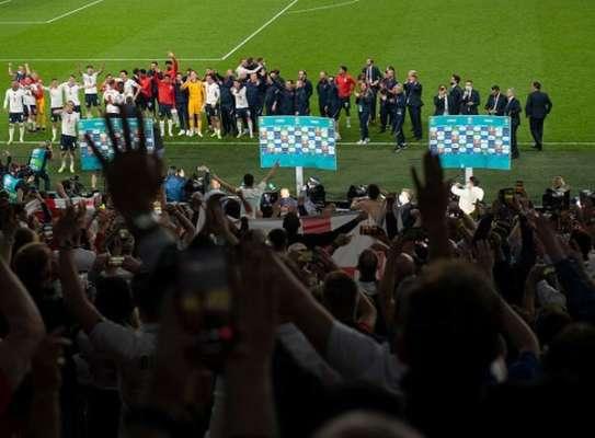 Футбольная ассоциация Англии получила штраф от УЕФА за поведение фанатов