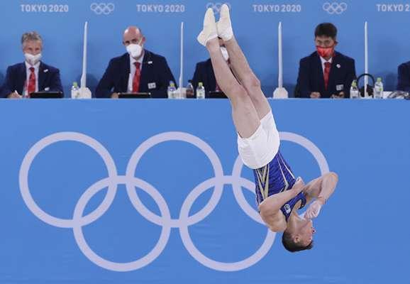 Гимнастика. Двое украинцев не попали в топ-10 финала в индивидуальном многоборье