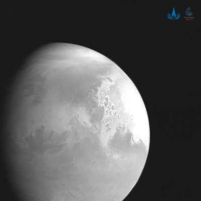 Опубликовано первое фото Марса крупным планом