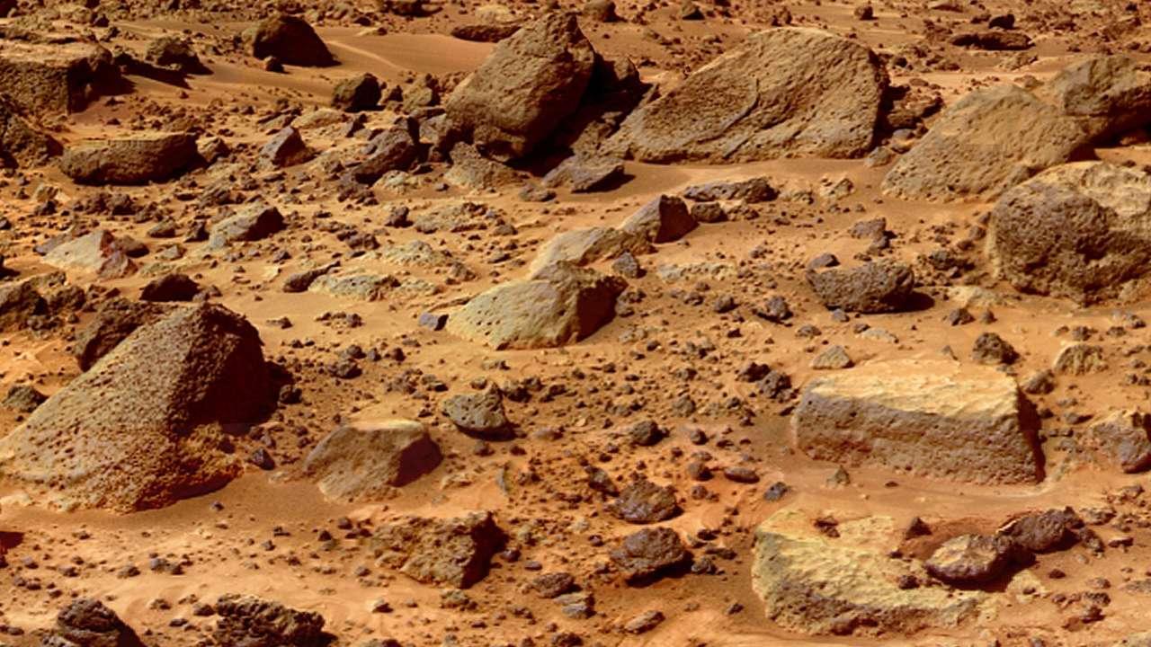 Порода с Марса може принести чуму  на Землю