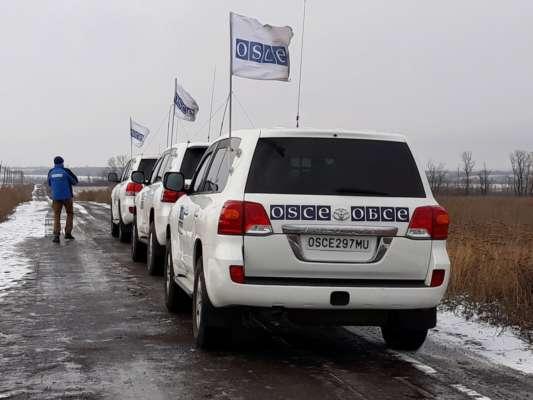 """На Донбасі за вихідні ОБСЄ зафіксувала 366 порушень режиму """"тиші"""""""