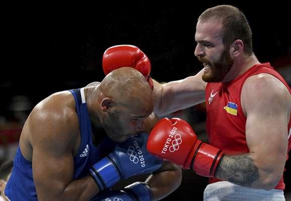 Бокс. Украинец Цотне Рогава проиграл в первом же бою