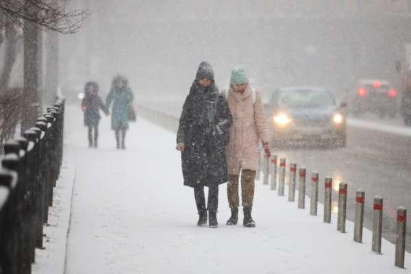 У Києві просять залишати дітей вдома через погану погоду
