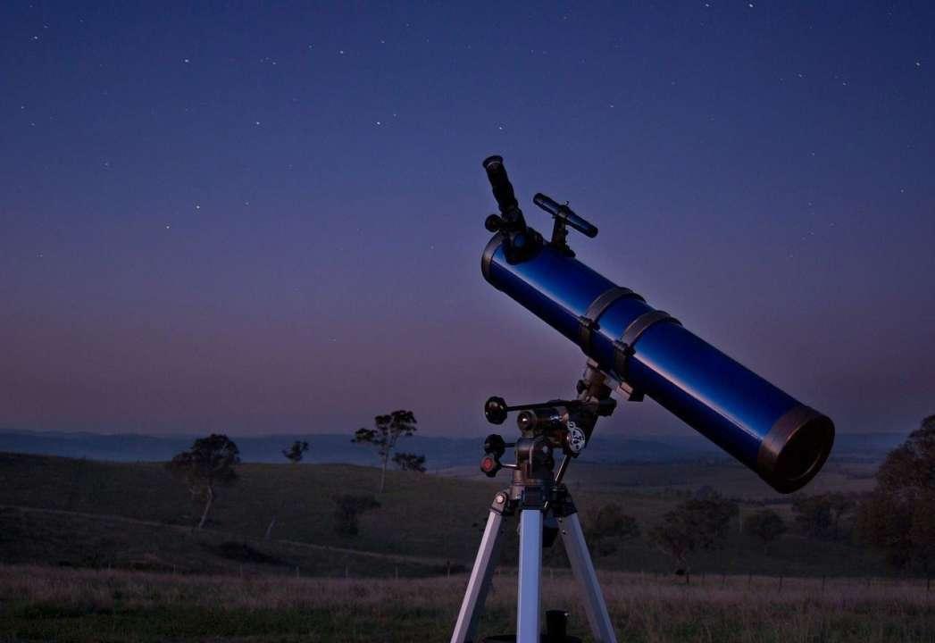 """Телескоп """"Hubble"""" зробив знімок незвичайної галактичної туманності"""