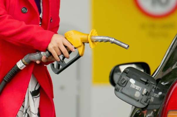 Ціни на бензин та дизельне пальне в Україні: експерти дали прогноз на найближчий тиждень