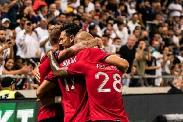 Во Франции появилась интрига. Лилль выиграл у ПСЖ в матче за Суперкубок