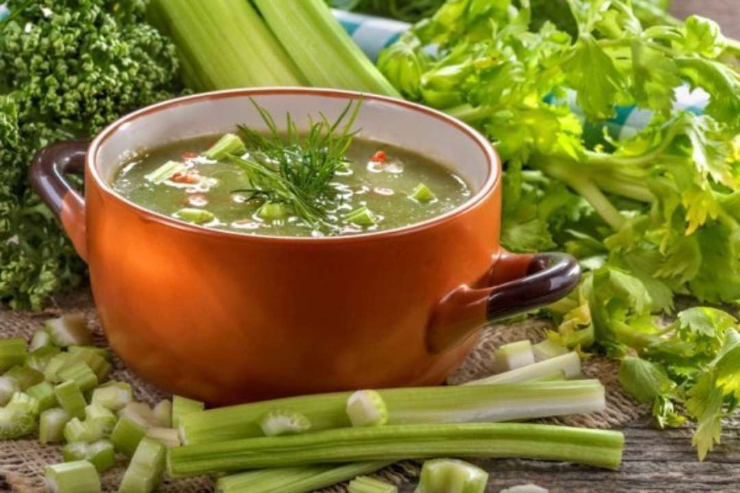 Как приготовить вкусный сельдереевый суп для похудения