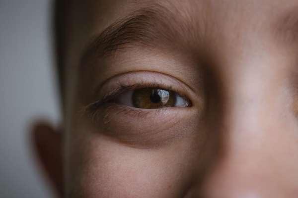 Ученые рассказали, могут ли проблемы со зрением передаться по наследству