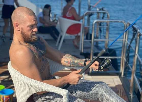 ФОТО. Макгрегор после поражения отдыхает на рыбалке
