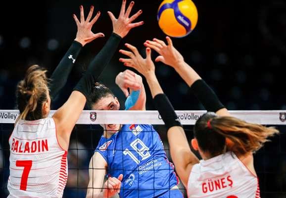 Определились финалистки женского чемпионата Европы по волейболу