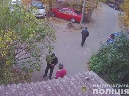 Полиция Киева нашла мошенника, который обворовал бабушку на 15 тысяч гривен