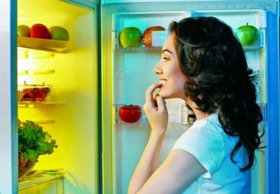 Їжа на ніч: які продукти не нашкодять організму