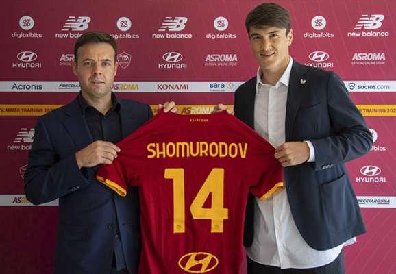 Рома официально подписала форварда сборной Узбекистана