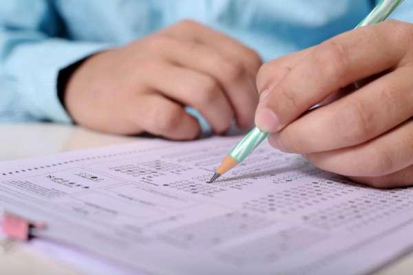 15% украинских чиновников завалили экзамен по государственному языку