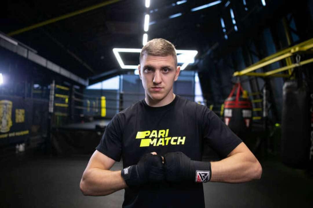Український боксер бився з тріщиною ребра, не сказавши промоутеру