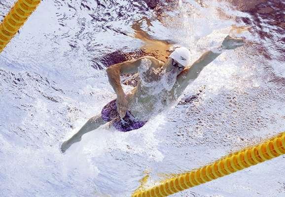 Вот это эмоции! Как Марина Бех-Романчук поддерживала мужа во время финального заплыва (ВИДЕО)