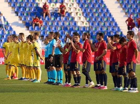 Молодіжна збірна Іспанії познущалася над основною командою Литви