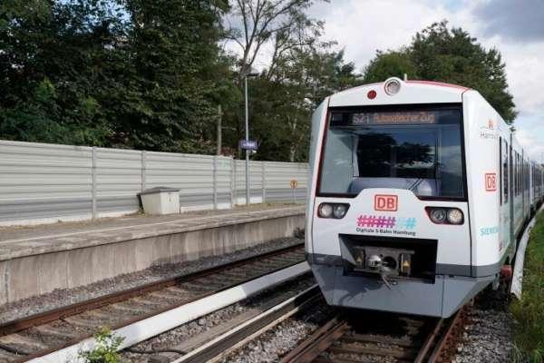 Более экологичный и пунктуальный: в Германии создали самоуправляемый поезд