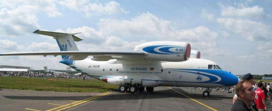 Украинские самолеты будут производить на заводе в Канаде