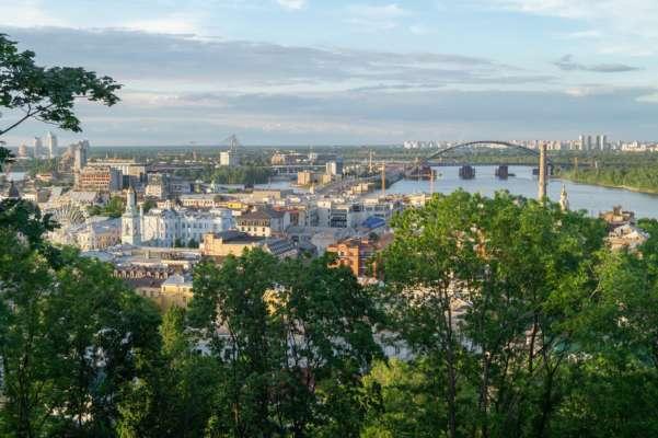 За літо Україну відвідали майже 3,5 мільйон туристів