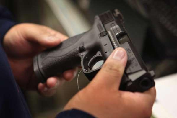 У Львівській області священник незаконно продавав зброю, яку зберігав у церкві
