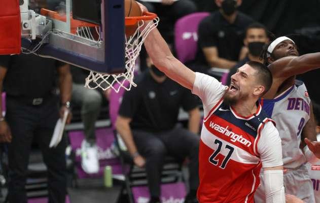 Видео. Алексей Лэнь попал в топ-10 моментов дня в НБА