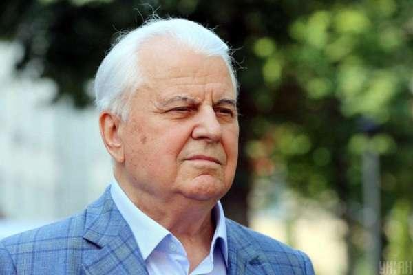 Перший президент України уже місяць перебуває у реанімації. Його стан погіршується