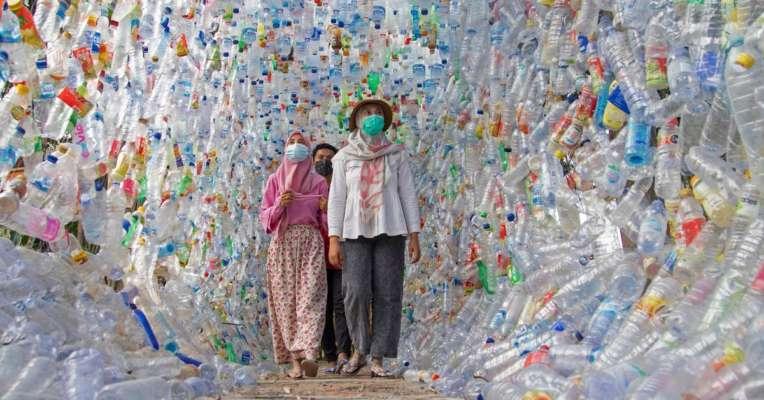 В Індонезії створили музей із пластикових відходів