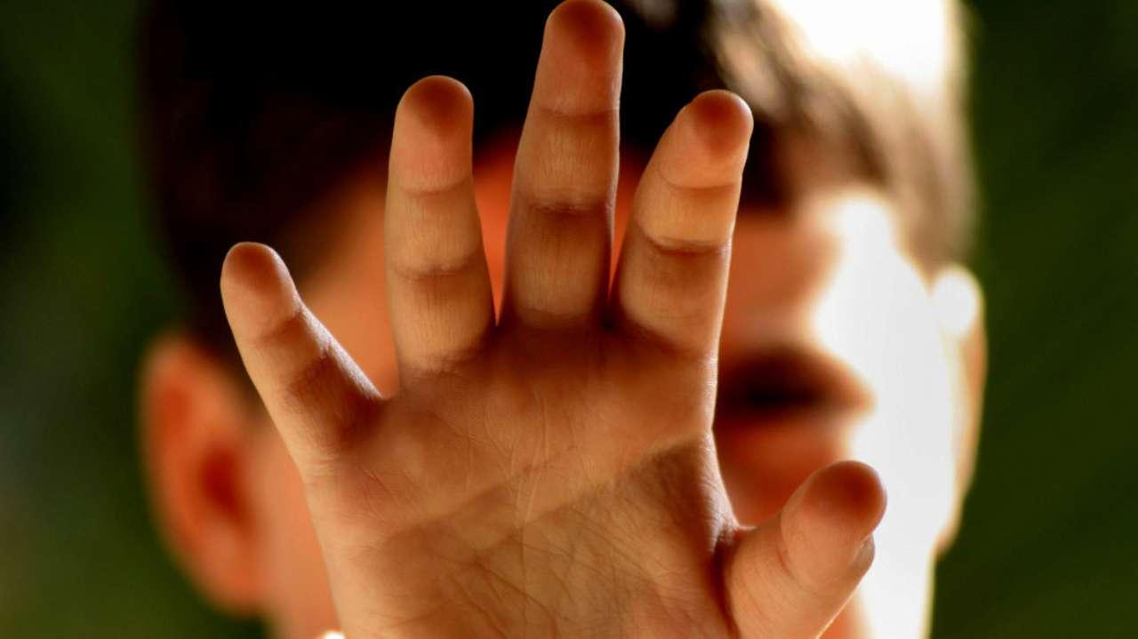 Медработники избили ребенка с аутизмом