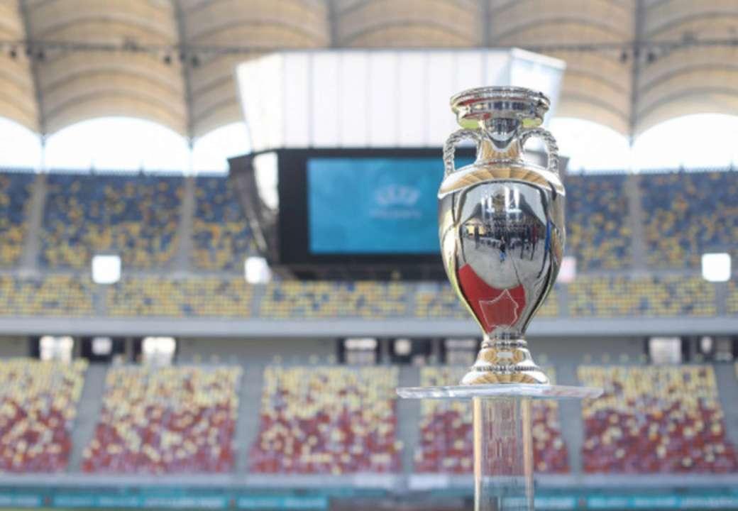 Два матчі України на Євро-2020 точно пройдуть з глядачами