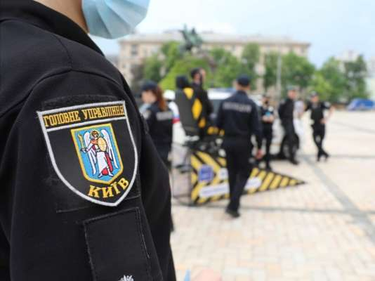 Столичные правоохранители задержали мужчину, сбежавшего из зала суда в Ирпене
