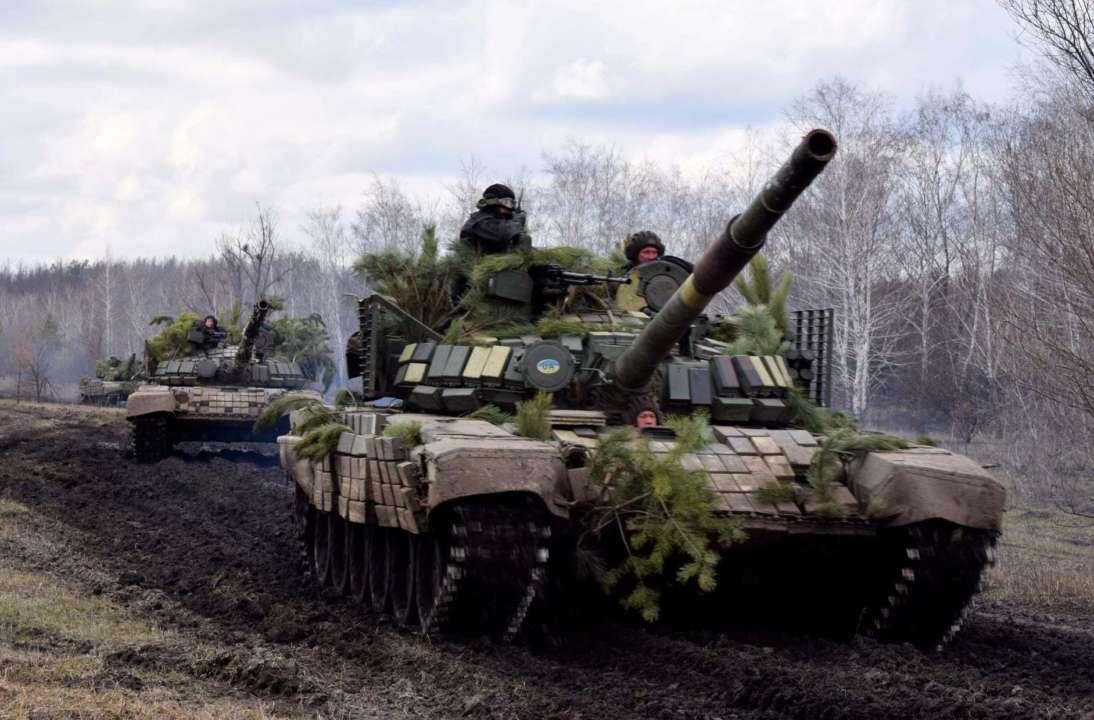 На Донбасі російські бойовики поранили українського військового