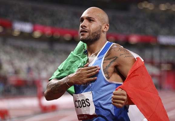 Итальянский бегун выиграл золото Олимпиады в стометровке