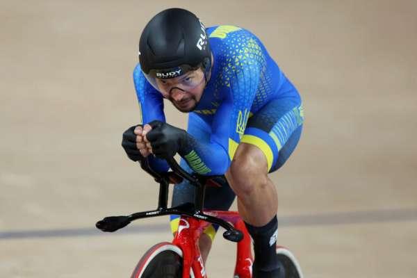 Дементьев завоевал серебро в велошоссе