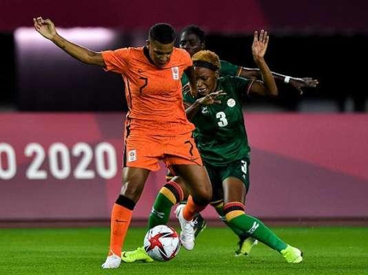 Тринадцать голов в одном матче. Нидерланды обыграли Замбию в семь мячей