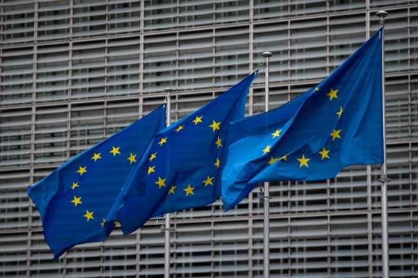 Еврокомиссия оценит возможные последствия газового контракта России и Венгрии