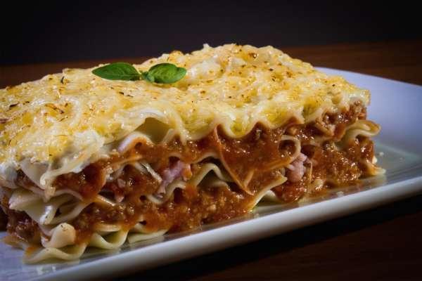 Готовим лазанью — традиционное итальянское блюдо