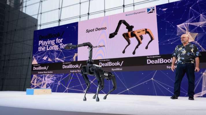 Пугает и завораживает одновременно: показали видео с роботами, которые танцуют под BTS