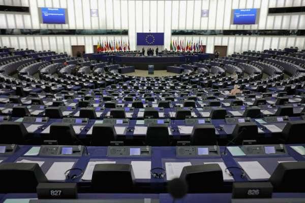 Європарламент схвалив жорстку резолюцію проти РФ