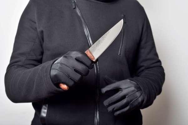 У Франції школяр погрожував вбити вчителя ножем