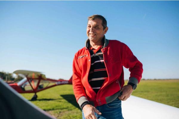 Падіння літака на Прикарпатті: за штурвалом був один з найкращих пілотів України