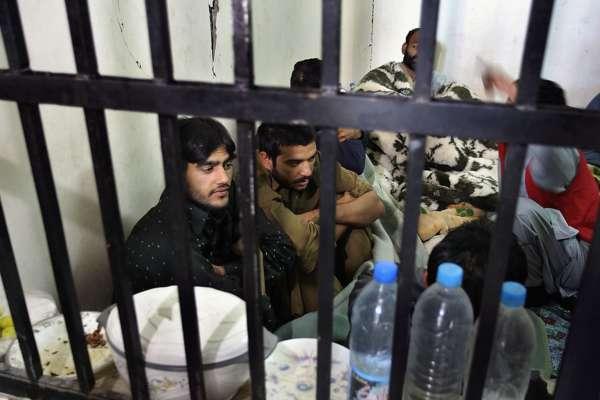 Індійські ув'язнені відмовляються виходити з в'язниць