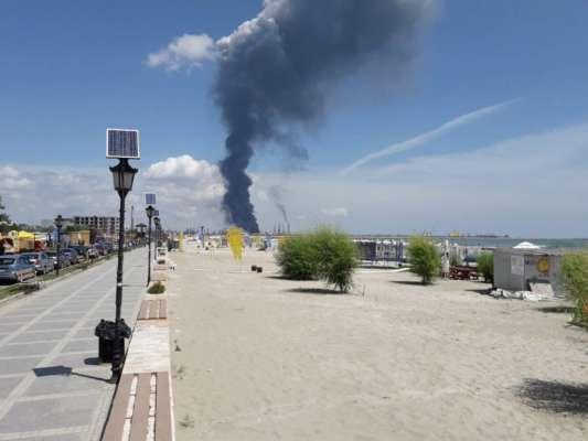 В Румынии на нефтеперерабатывающем заводе произошел взрыв. Видео масштабного пожара