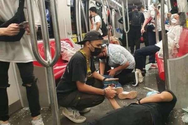 Зіткнення потягів метро в Малайзії: постраждали сотні людей