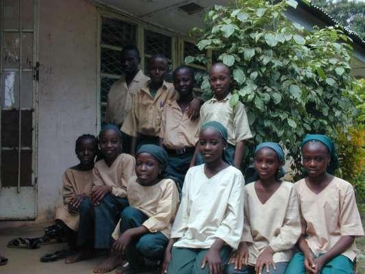 В Нігерії бойовики викрали 300 школярок