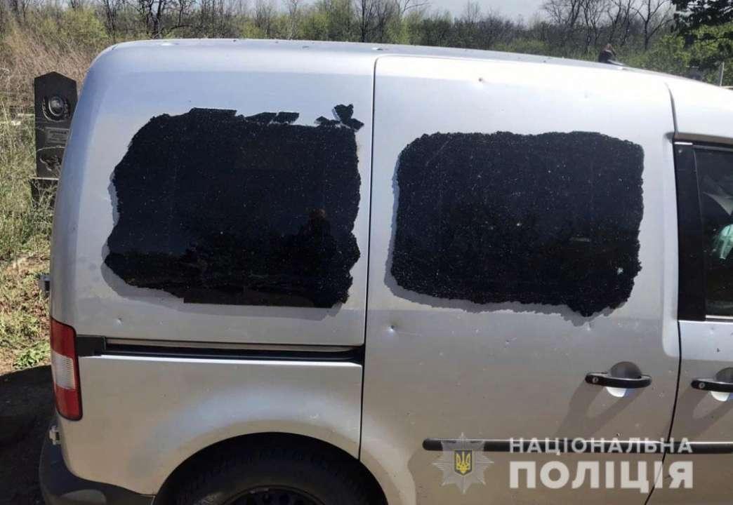 На Донбассе от взрыва на кладбище погиб мирный житель