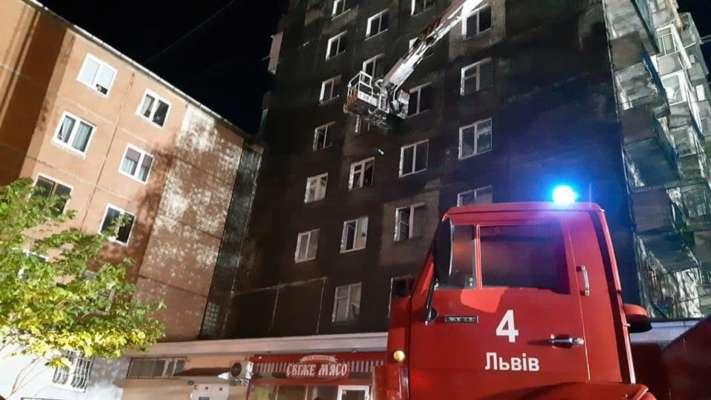Ліквідація пожежі в багатоповерховому будинку
