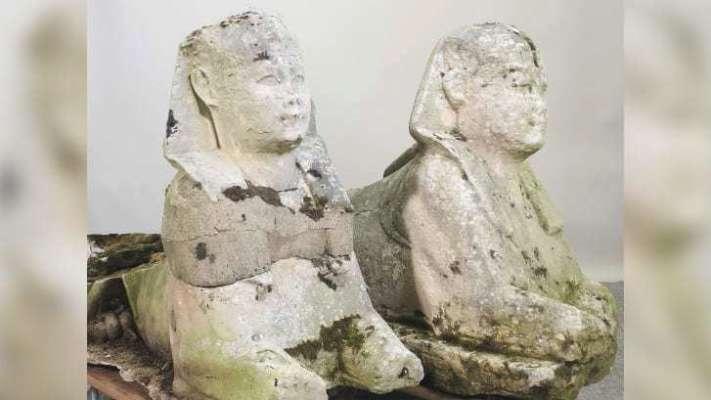 У Британії на аукціоні продали садові статуї, які виявилися давньоєгипетськими артефактами