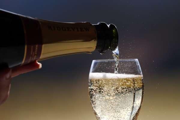 чи пов'язано розвиток раку з вживанням алкоголю