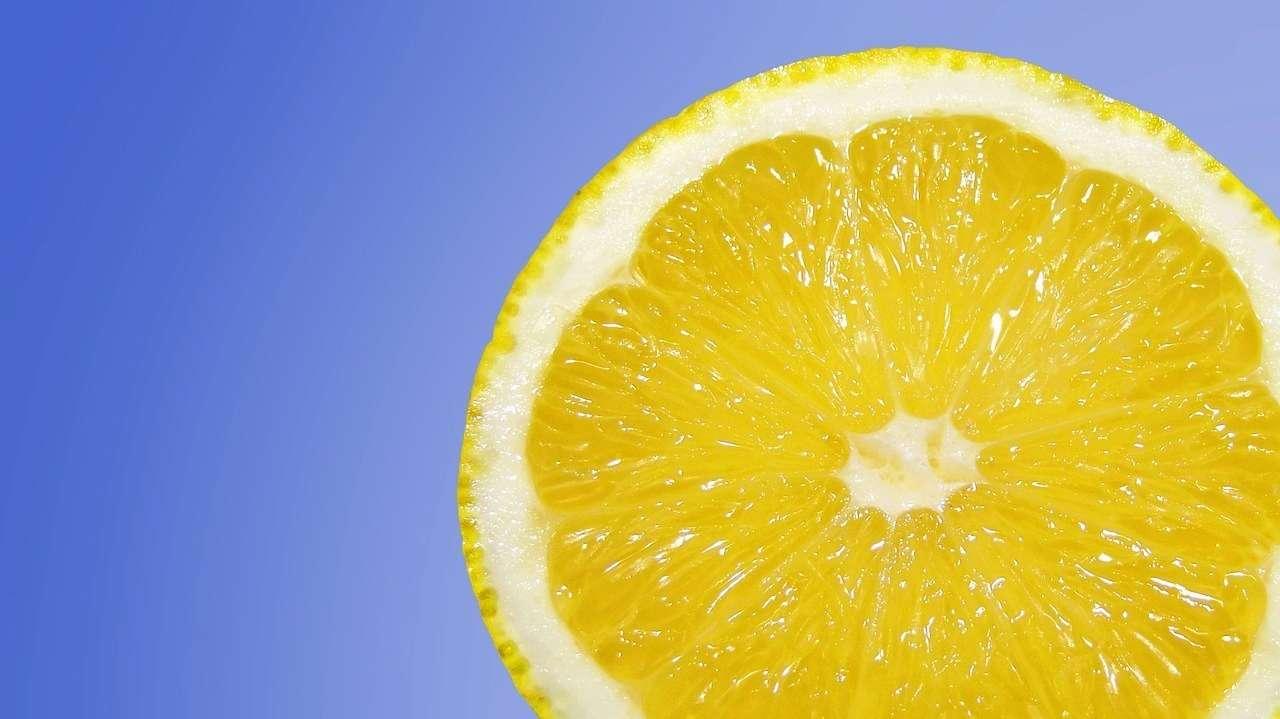 Медики розвіяли міфи про лимони